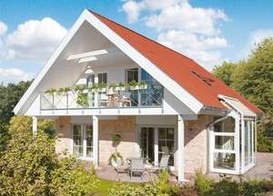 Großes Haus mit Satteldach und Klinkerfassade