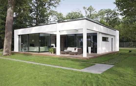 Kleine Häuser in Holz-Fertigbauweise sind eine nachhaltige und kostengünstige Wohnlösung.