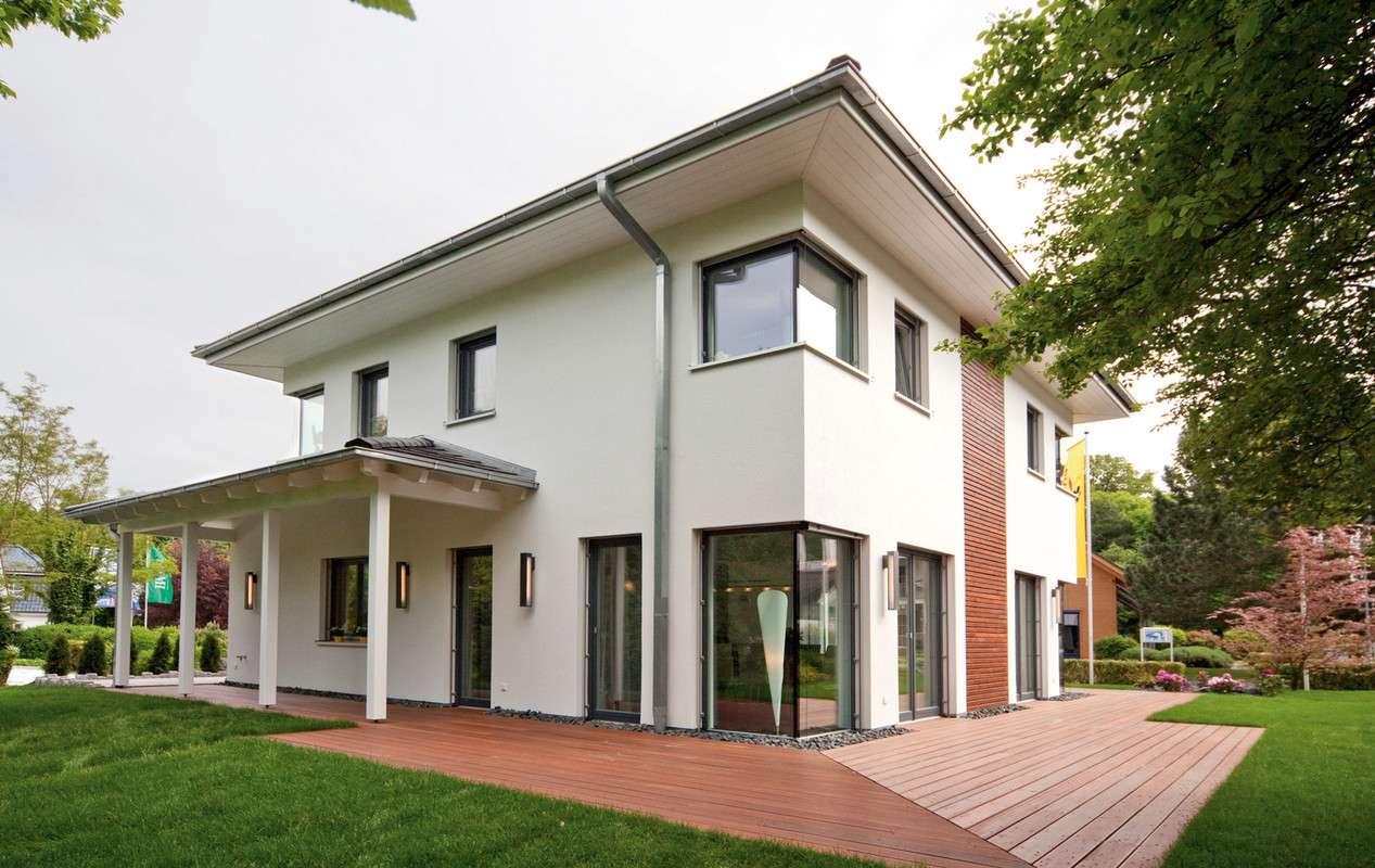 WOLF-HAUS - Musterhaus Bad Vilbel Terrassenseite