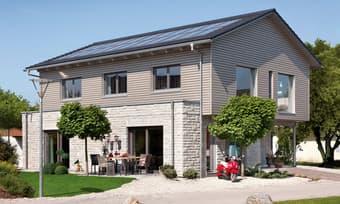 Modernes Landhaus mit Satteldach