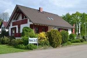 Energiesparhaus von STREIF mit Garten