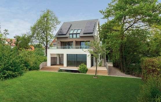 Holzhaus idyllisch im Grünen